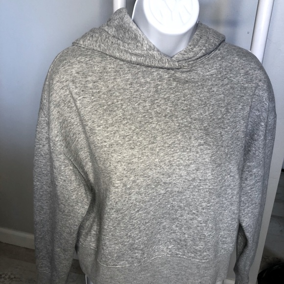 Zara cozy cropped gray hoodie- size Medium